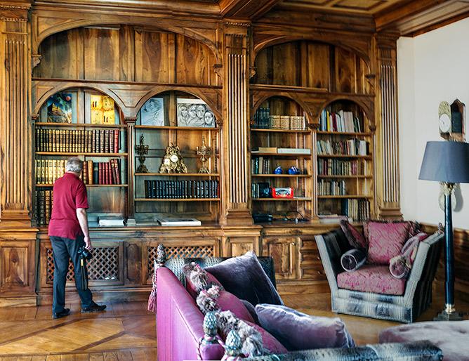 La magnifique bibliothèque du château
