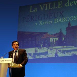 François Fillon a Périgueux au cours des municiplales 2008