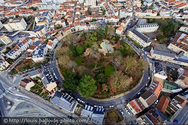 Le jardin des Arènes à Périgueux - Photo © http://louis.balloide-photo.com/