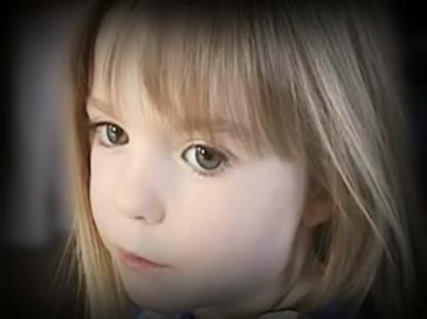 Madeleine McCann et ses grands yeux, disparue au Portugal