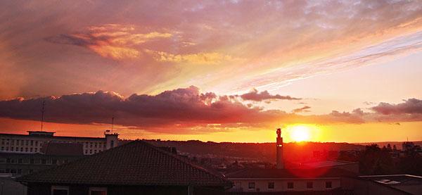 Soleil couchant sur Périgueux le 23 octobre 2008