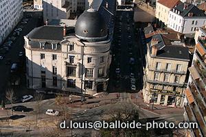 Périgueux - La Poste PTT et la place du Théâtre
