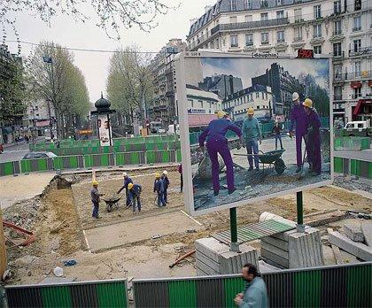 Pierre Huyghe - Chantier Barbès Rochechouart, Paris