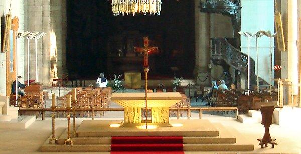 Saint-Front de Périgueux - la salle principale