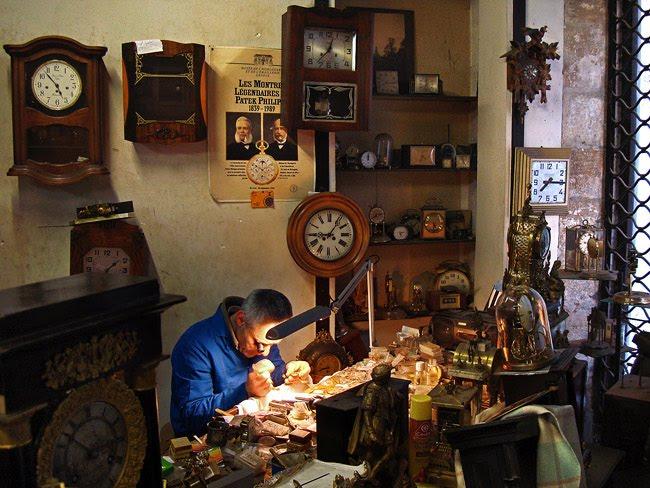Vincent Perez dans son atelier à Périgueux