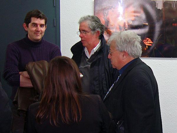 Visiteurs à l'App'Art lors du vernissage de Xavier Boisserie le 27 avril 2009