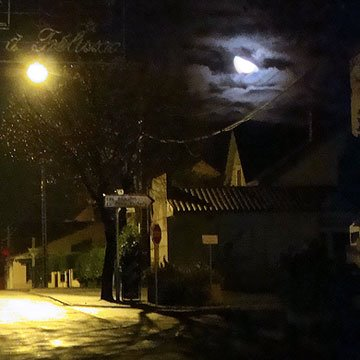 Large lune du 18 novembre 2008
