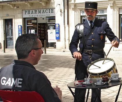 Jean-Pierre Monmarson - garde-champêtre de Périgueux avec Thierry