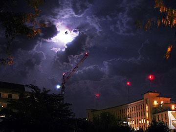 l'hôpital de Périgueux sous la pleine lune