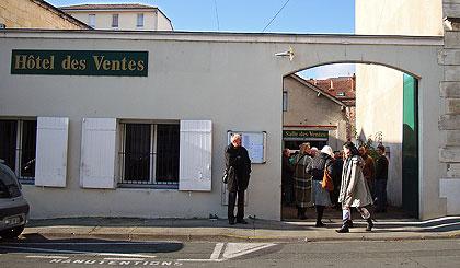 l'Hôtel de vente de Périgueux - extérieur