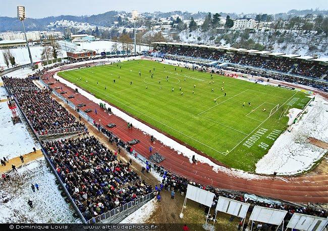 Le stade Francis Rongiéras à Périgueux lors du match Trélissac Marseille