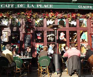 Terrasse ensoleillée au Café de la Place - Périgueux le 20 janvier 2008