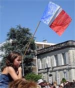 Gamine et drapeau français